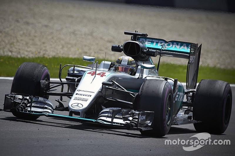 """Hamilton: """"Penso che Nico abbia avuto un problema ai freni"""""""