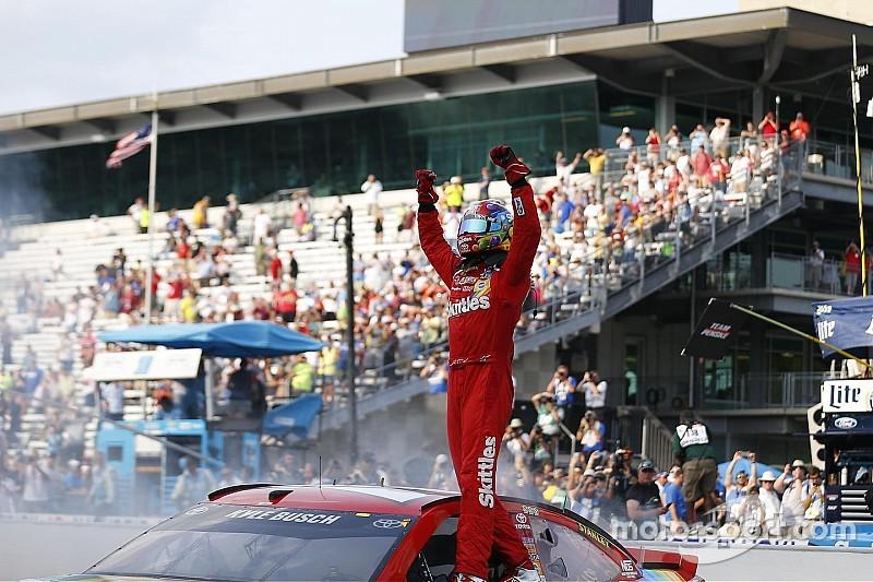 """Kyle Busch """"barre"""" en Indianápolis por segundo año consecutivo"""