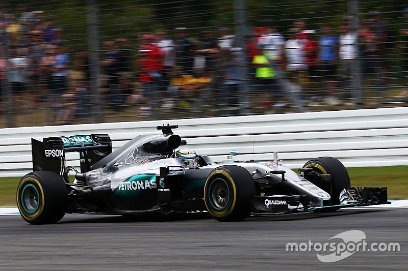 """Ermittlungen gegen Lewis Hamilton wegen eines """"Unsafe Release"""""""