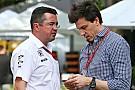 La McLaren passa alle vie legali con la Mercedes per un ingegnere