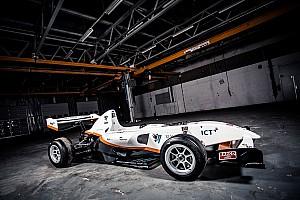 Circuitracen Nieuws Studententeam InMotion toont elektrische formulewagen tijdens de Masters