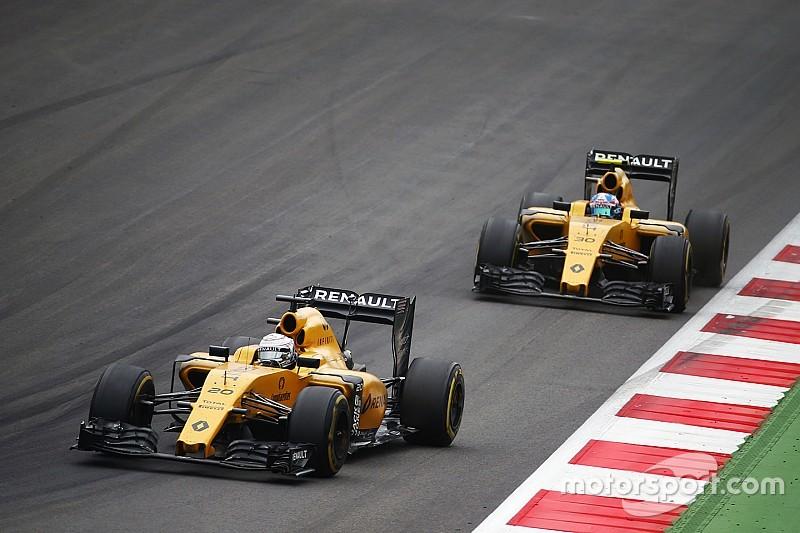 Renault schrijft line-up met Magnussen en Palmer in 2017 nog niet af