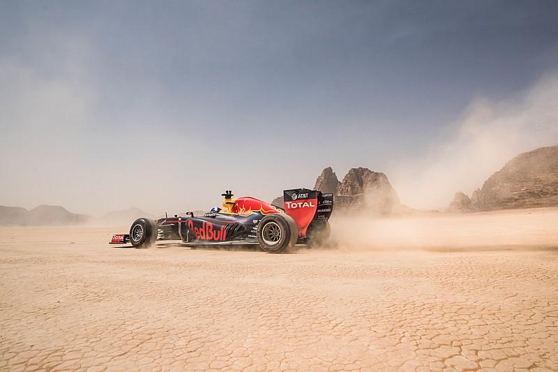 Vídeo: ¿Qué pasa si tiras una GoPro desde un Fórmula 1?