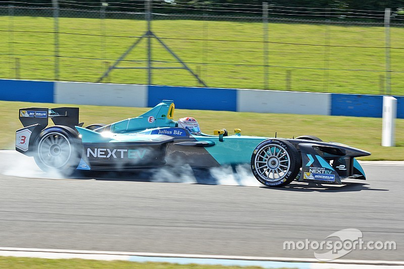 Bildergalerie: Formel-E-Test in Donington
