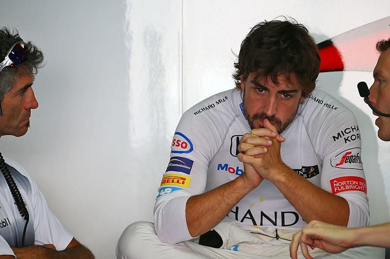 McLaren змінить двигун на машині Алонсо через витік води