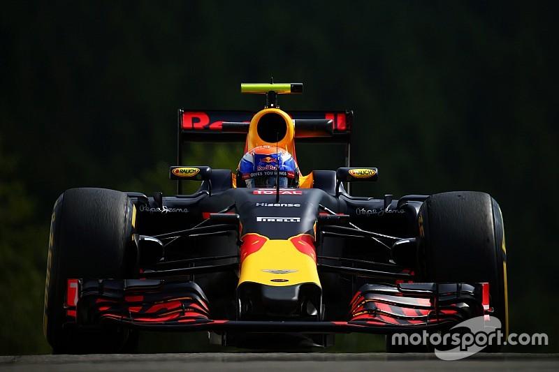 Verstappen lidera en una FP2 sin problemas para Alonso