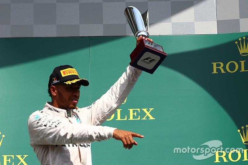"""Hamilton: """"Non credo che Nico fosse contento di trovarmi sul podio..."""""""