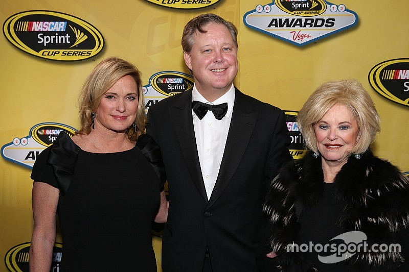 Fallece Betty Jane France, fundadora de NASCAR