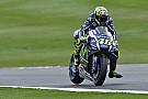 Rossi apabulla con tres vueltas rápidas al final del primer libre