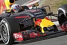 Ricciardo teszteli elsőként a Red Bull félig zárt pilótafülkéjét