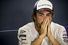 Videón, ahogy Alonso bedriftel a
