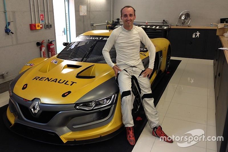 Robert Kubica gibt Debüt in der Renault-Sport-Trophy