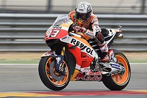 MotoGP Отчет о тренировке Маркес показал лучшее время в аварийной субботней тренировке