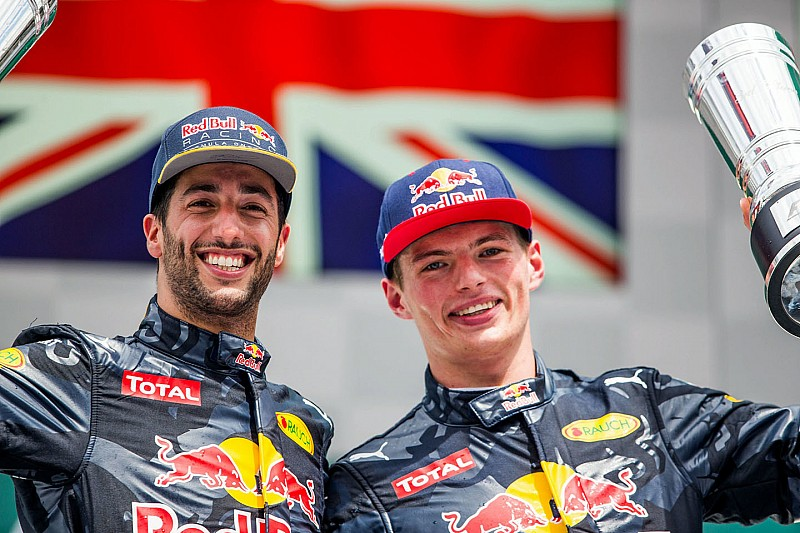 """Ricciardo: """"Verstappen me ayudó a alcanzar un nuevo nivel"""""""