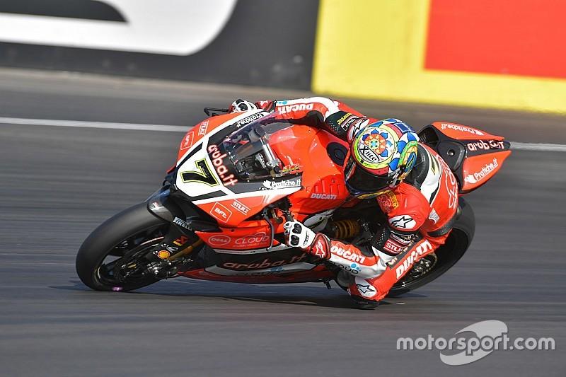 Magny-Cours, Libere 1: svettano Davies e la Ducati. Rea 2° a un soffio