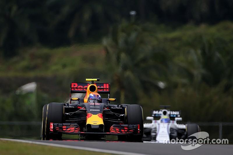 """Verstappen na derde tijd: """"Blij dat we de Ferrari's achter ons hebben gelaten"""""""
