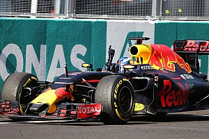 F1 速報ニュース F1マレーシアGP決勝:リカルド優勝でレッドブル1-2! ハミルトンは悲劇のエンジンブロー