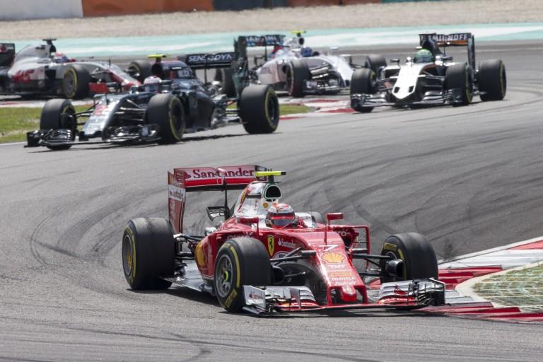 Ferrari: amatőr hiba, bennhagyott szerszám az autóban? A csapat tagad