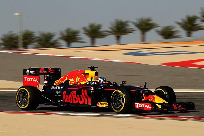 "Horner: ""Pirelli vuole i test 2017 a Sakhir? Paghi parte dei costi dei team"""
