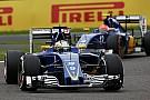 Сайнс: Sauber буде на два кроки позаду зі старим двигуном Ferrari