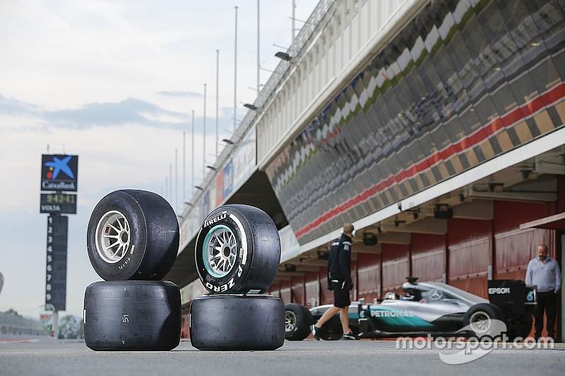 Pirelli aprovecha la lluvia para hacer campaña contra los test en Barcelona