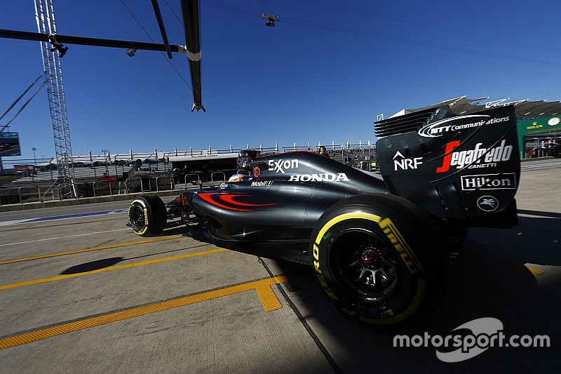 В McLaren звинувачують трасу у падінні темпу