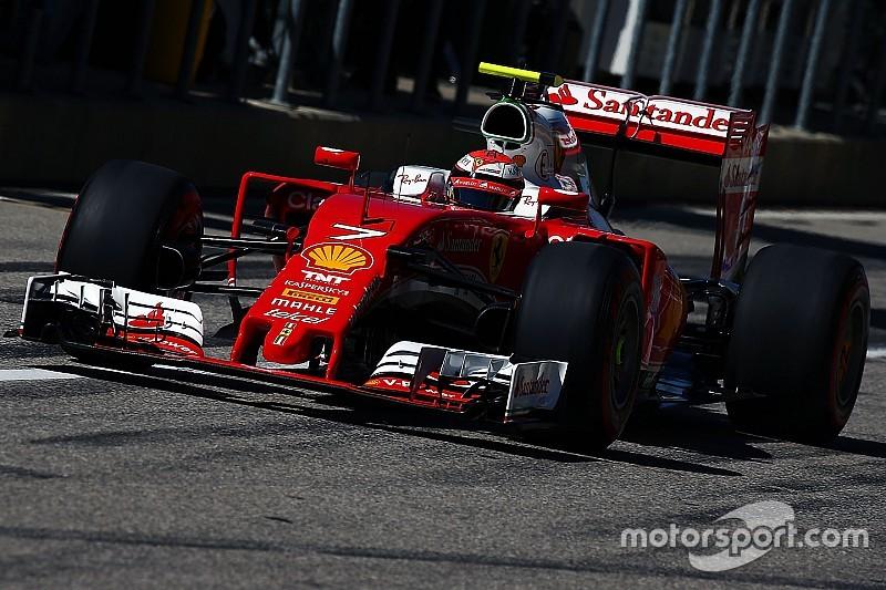 Raikkonen valt uit met los wiel, boete voor Ferrari