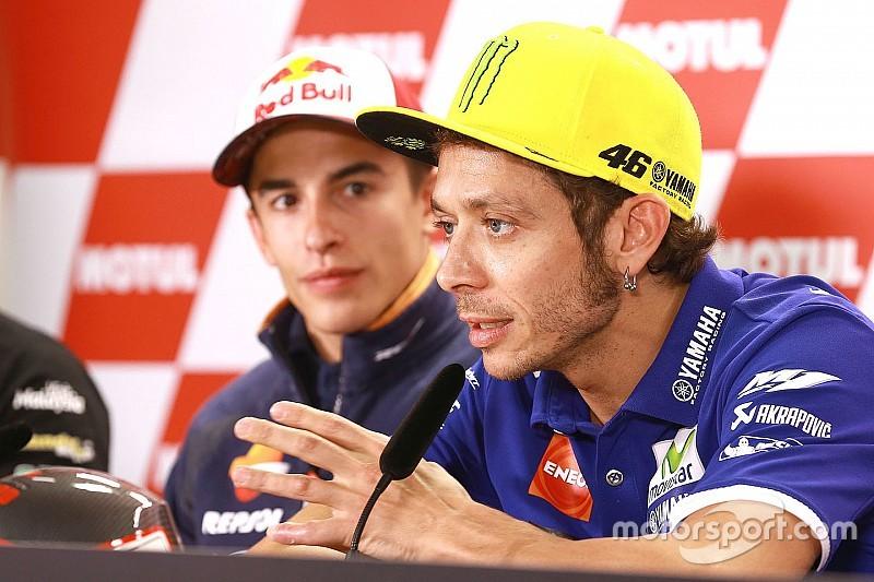 """Un an après le """"Sepang clash"""", Rossi et Márquez n'ont pas changé d'avis"""