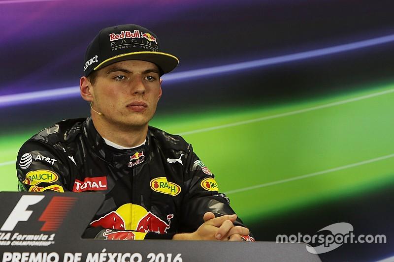 """Ex-Champion Niki Lauda wettert: """"Verstappen fährt zu aggressiv"""""""
