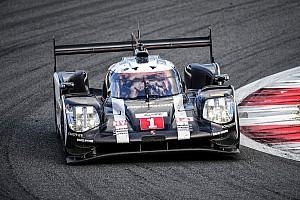 WEC Trainingsbericht WEC in Shanghai: Porsche mit Bestzeit und Problemen