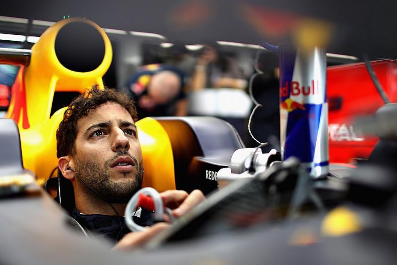 """Ricciardo: """"Mercedes niet aanvallen zou competitievervalsing zijn"""""""