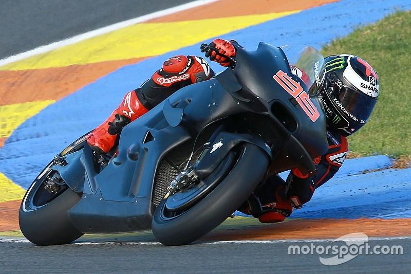 Debut Lorenzo bersama Ducati dimulai di Valencia