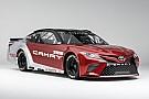 NASCAR Cup La Toyota mostra le forme della nuova Camry per la NASCAR