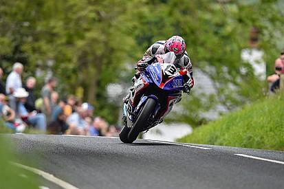TT2017: Wie einst Joey Dunlop - Lee Johnston erhält Superbike-WM-Honda