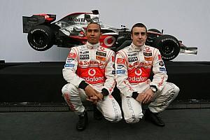Формула 1 Хроніка 10 років тому: Презентація боліда Формули 1 McLaren MP4-22