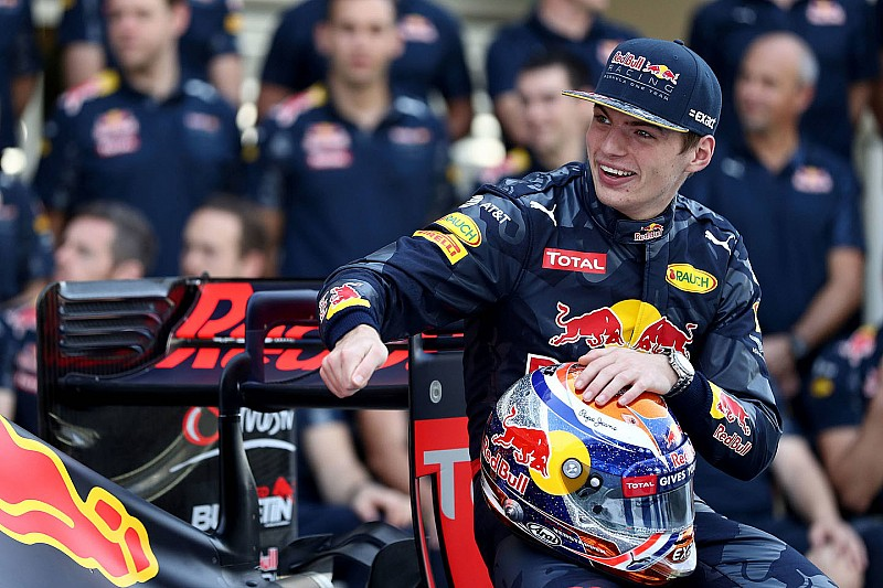 Newey diz que estilo de Verstappen o faz lembrar de Mansell