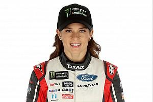 NASCAR Cup Noticias de última hora Ford ayudará a Danica Patrick en la temporada