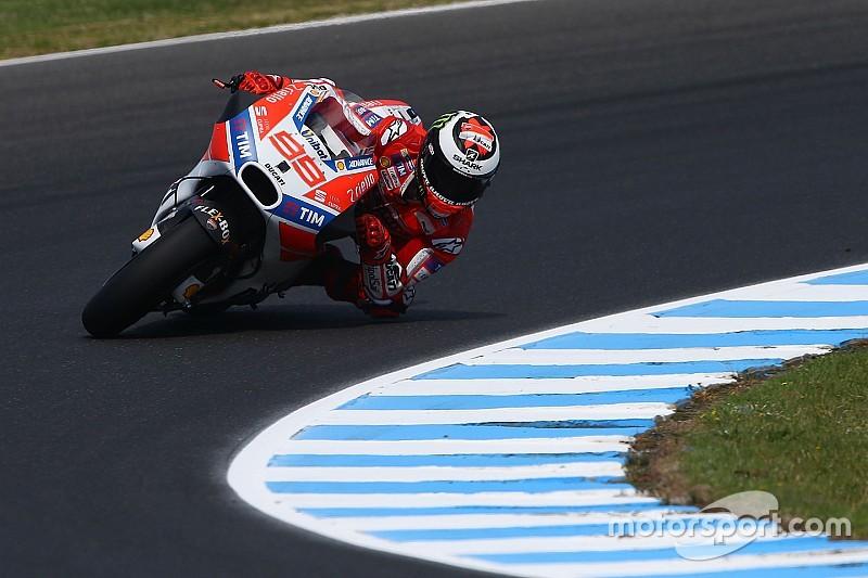 """Lorenzo: """"Todavía me tengo que adaptar más a la Ducati"""""""