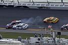 NASCAR Cup NASCAR-Clash in Daytona: Logano siegt nach Unfall in Schlussrunde