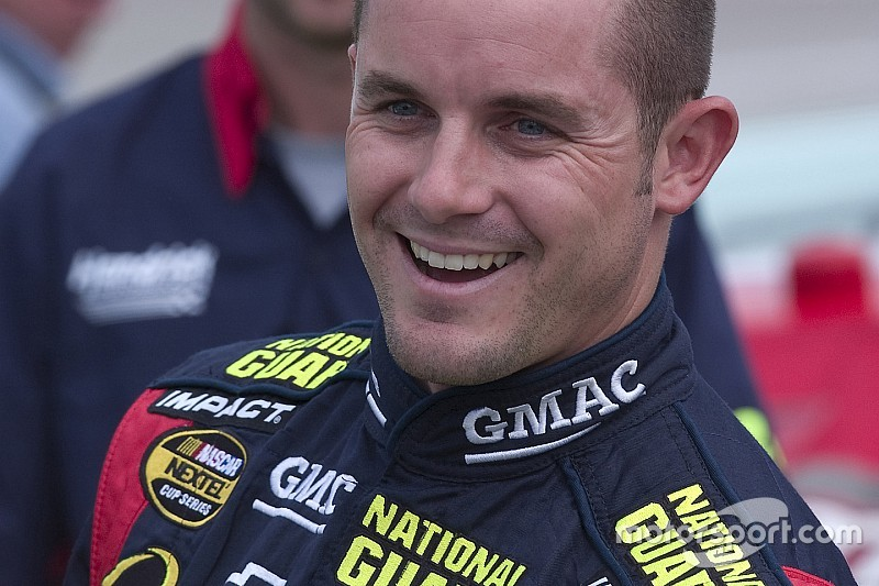Casey Mears entra a Xfinity con equipo Biagi-DenBeste Racing