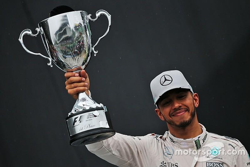 Hamilton quiere ser recordado como deportista y celebridad