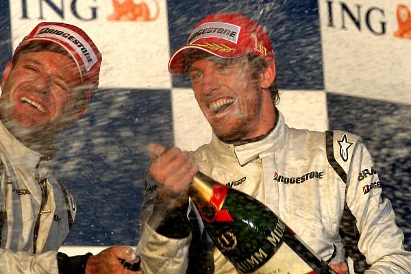 Forma-1 BRÉKING Sokkoló győzelem az F1-ben ezen a napon: Button és a Brawn GP