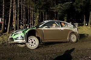 WRC Fotostrecke Bildergalerie: Valentino Rossi in der Rallye-WM