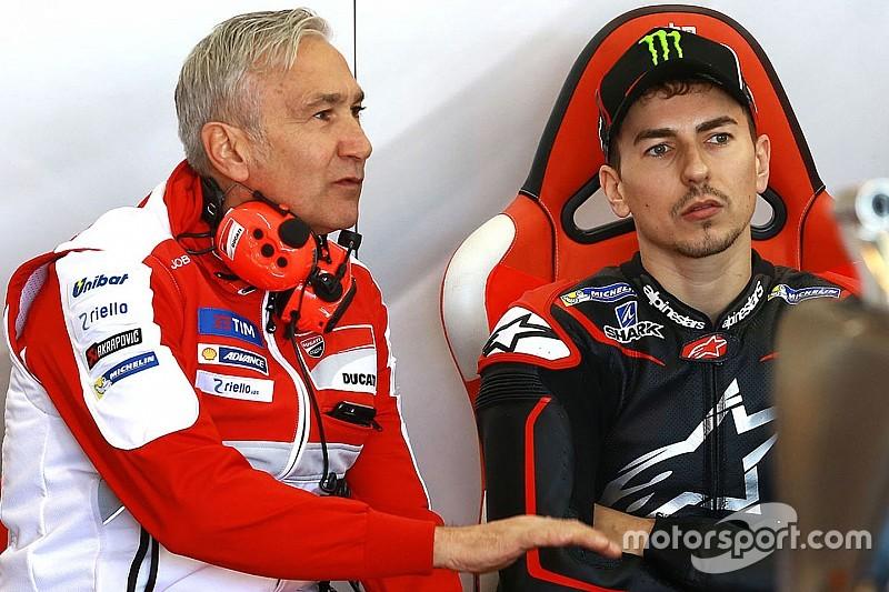 """""""Es Ducati quien debe darle a Lorenzo una moto a su nivel"""""""