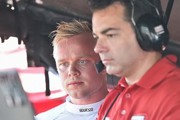 Ganassi lovend over Felix Rosenqvist: