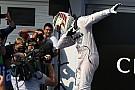 Após passar Senna, Hamilton pode igualar poles de Schumacher