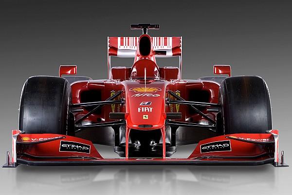Formula 1 Tarihte bugün: Ferrari F60'ın örtüsünü indiriyor
