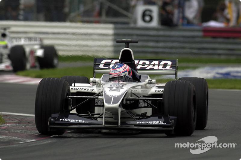 Jenson Button and Ricardo Zonta, still battling