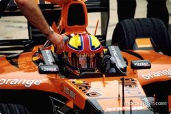 Enrique Bernoldi in the garage
