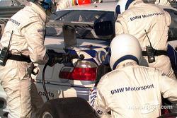 Arrêt au stand BMW